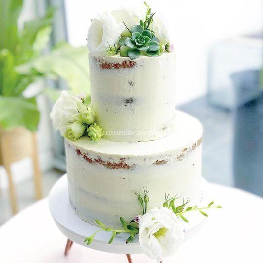Naked cake con suculentas