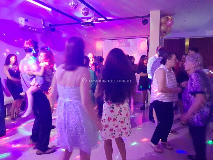 Comienza el baile cumple 60
