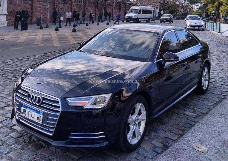 Audi A4 Negro
