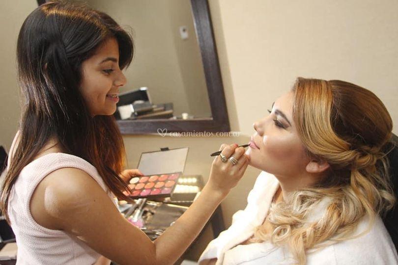 Topísima Maquillajes & Peinados