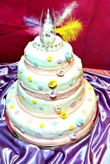 Torta colores pastel