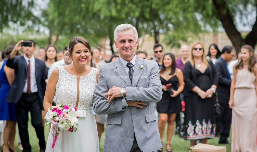 Entrada novia y padre