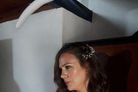 Carla Tau Hair & Makeup