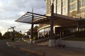 Howard Johnson Plaza Resort & Casino