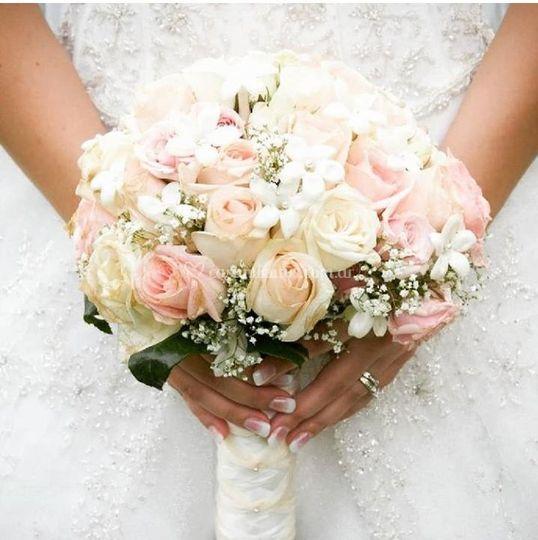 V & V Bodas y Bouquets