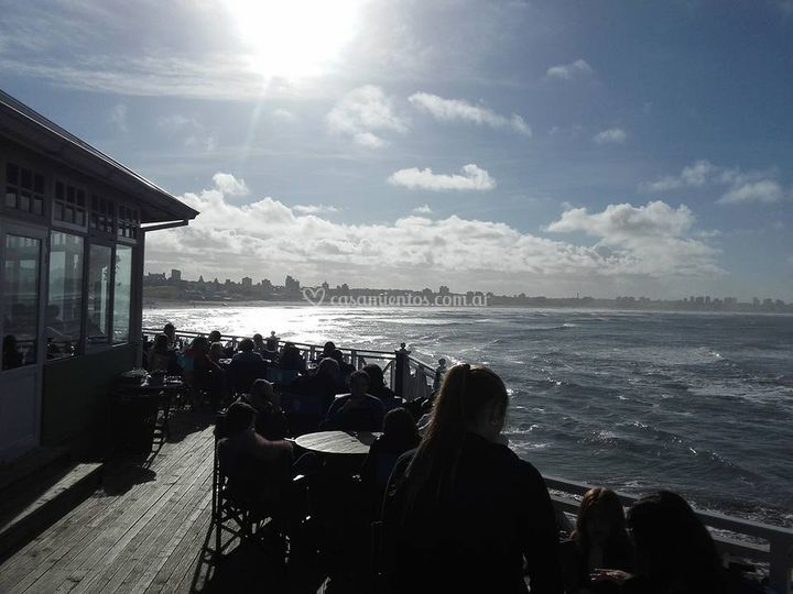 Terraza y mar