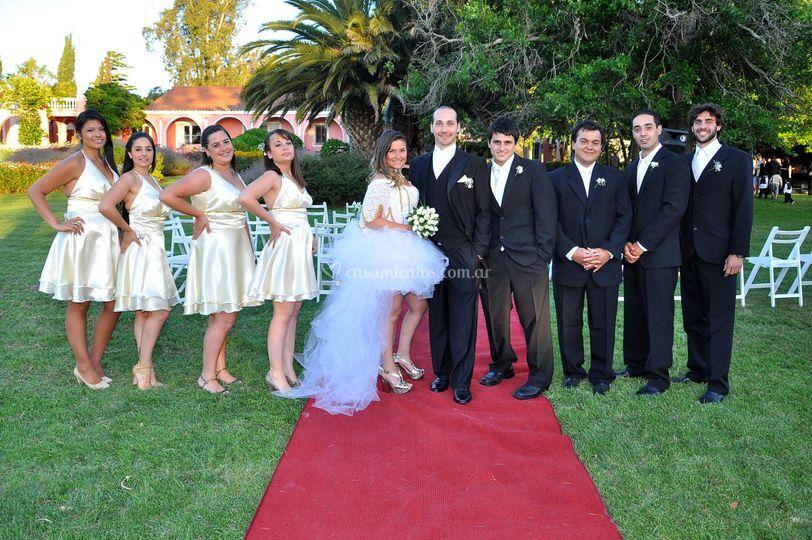 Novios e invitados