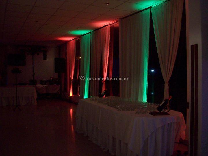 Iluminación en rojo y verde