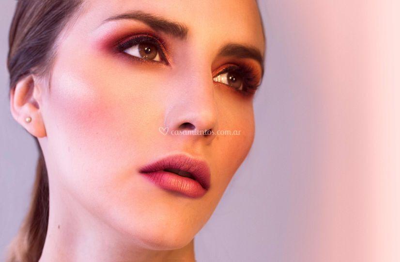Makeup y Peinado por A Pineda de Alejandro Pineda