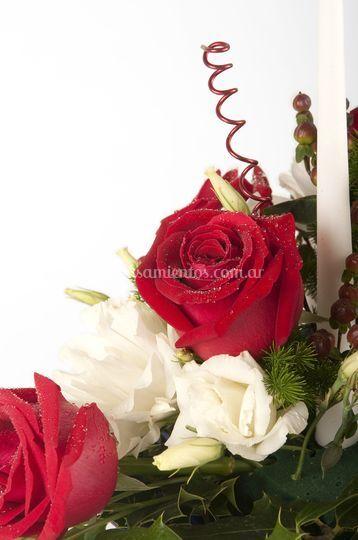 Rosas y lisianthus