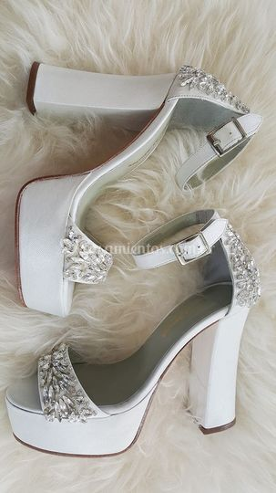 claudia sánchez zapatos