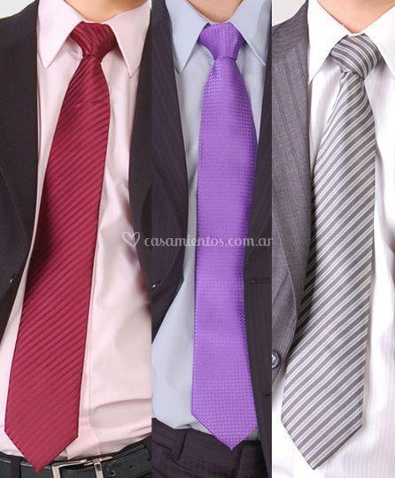 Diversas corbatas