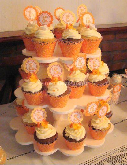 Torre de cupcakes para casamiento