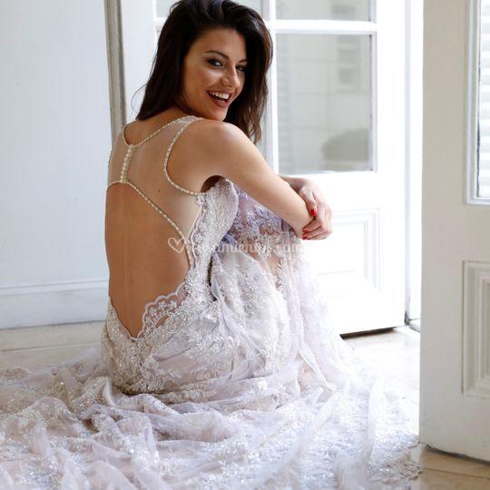 Vestido de novia, tul bordado