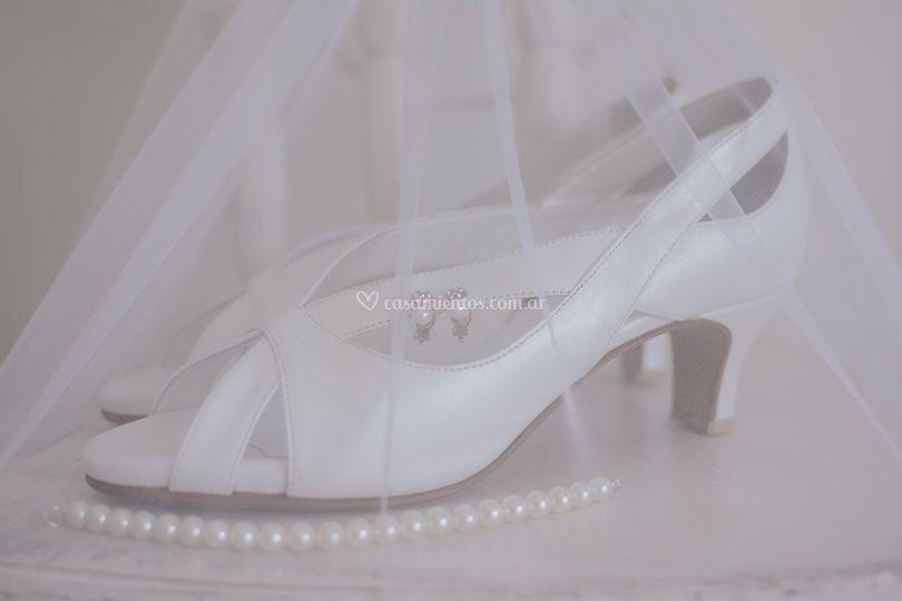 Los zapatos y detalles