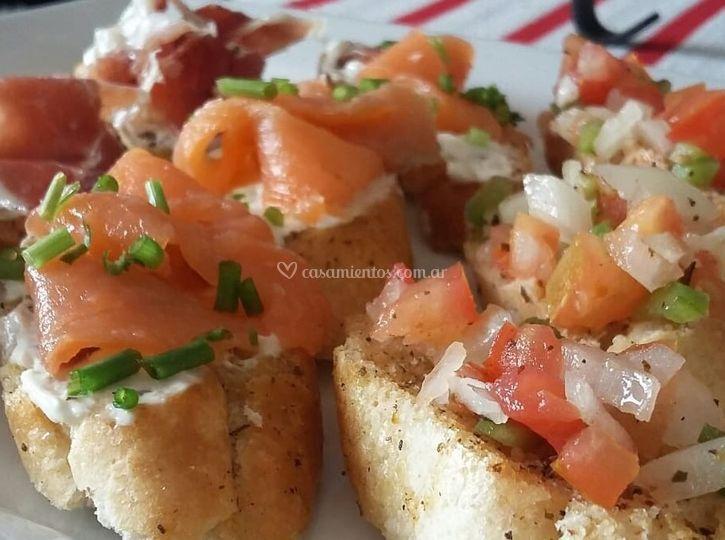 Bruschettas de salmón ahumado