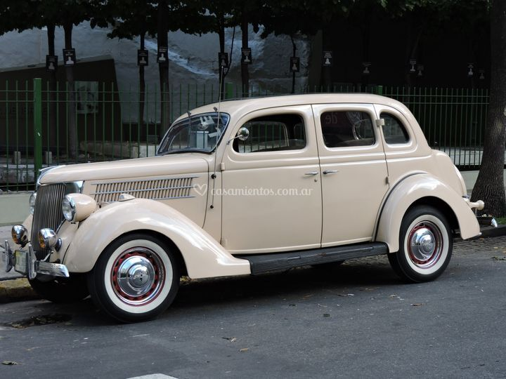 Ford 36 beige