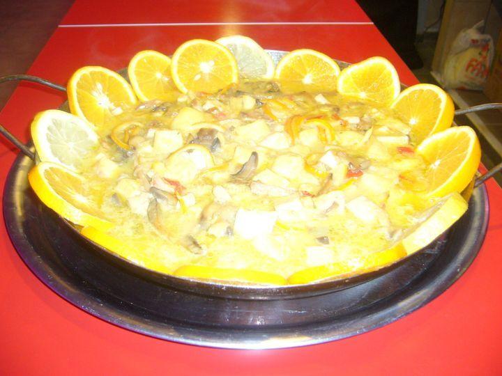 Isla de pollo a la naranja