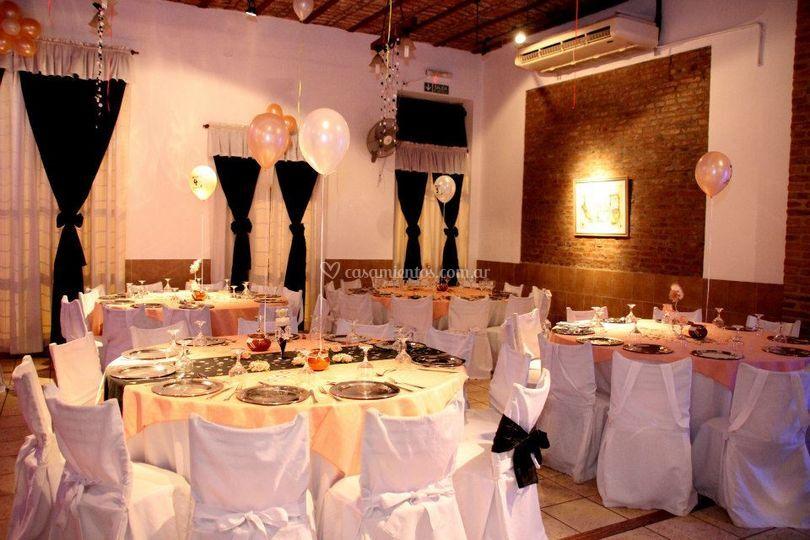 Sal n de fiestas cristal for Acropolis salon de eventos
