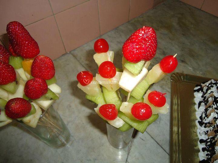 Cascada de chocolate   fruta