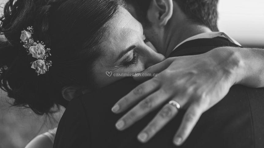 Un abrazo de mil sentimientos