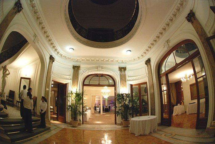 Hall de entrada a los salones