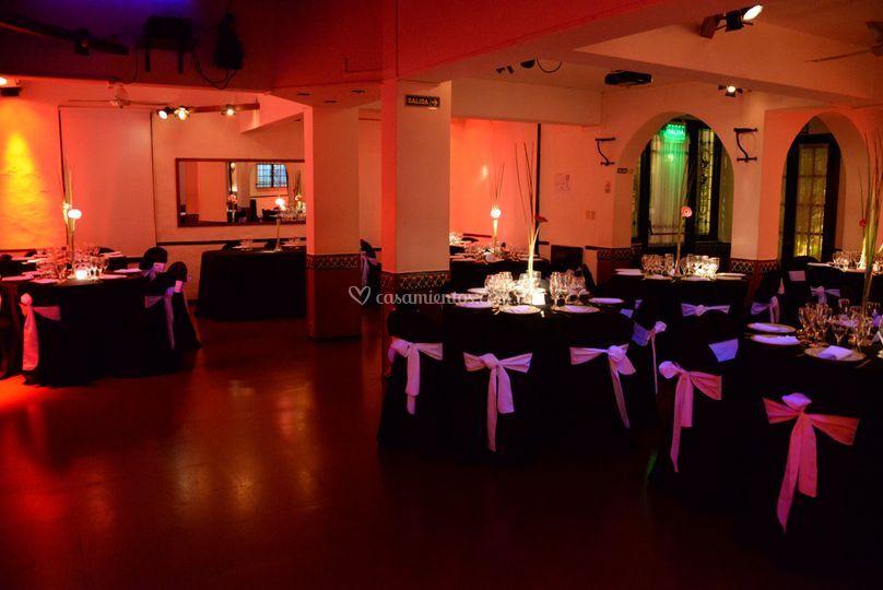 interior del sal n de bella rosa foto 36. Black Bedroom Furniture Sets. Home Design Ideas