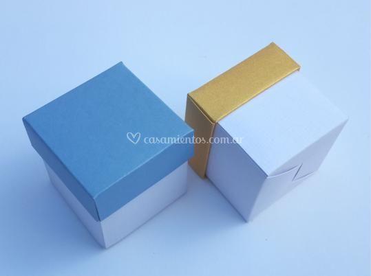Caja souvenir 5 x 5 x 5 cm.