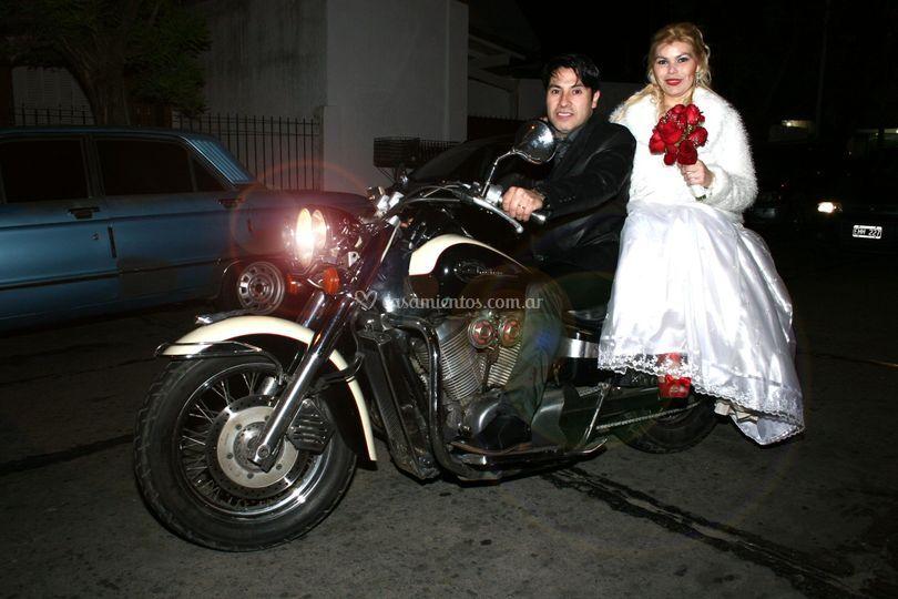 Mónica y Carlos