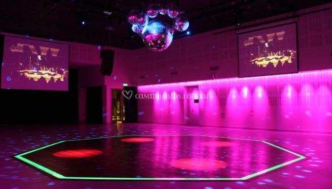 Pista de baile con iluminación especial