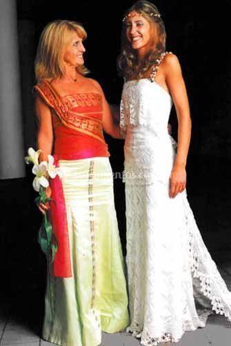Conjunto con top y falda estilo romano