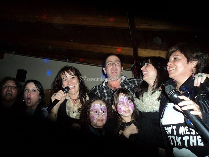 Karaoke Sazón