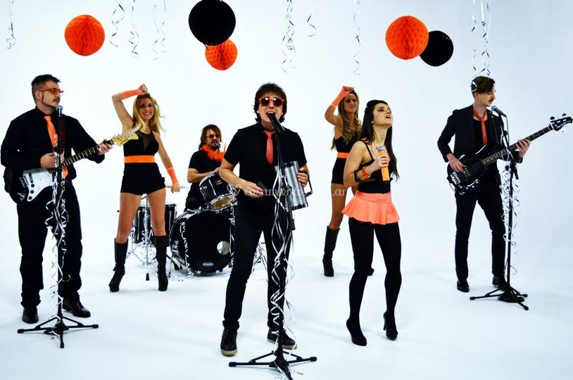Cumbia Pop - Todos a Bailar