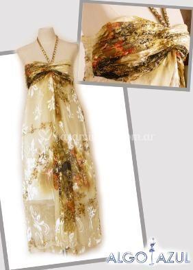 Vestido drapeado con detalles en pedrería perfecto para madrinas