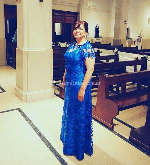 Vestido azul de madrina