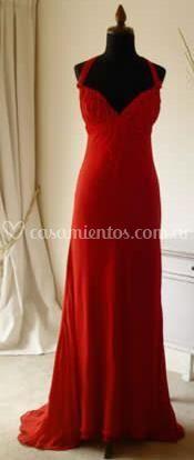 Vestido de gala para grandes ocasiones de Claudia Oyhandy