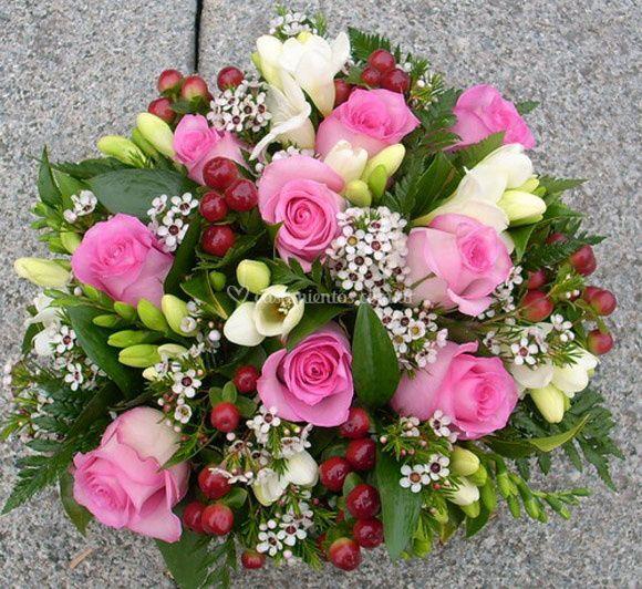 Rosas y gypshofilas