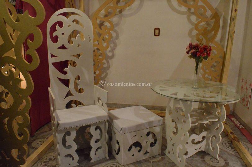 Sillón y mesa palacio d & a