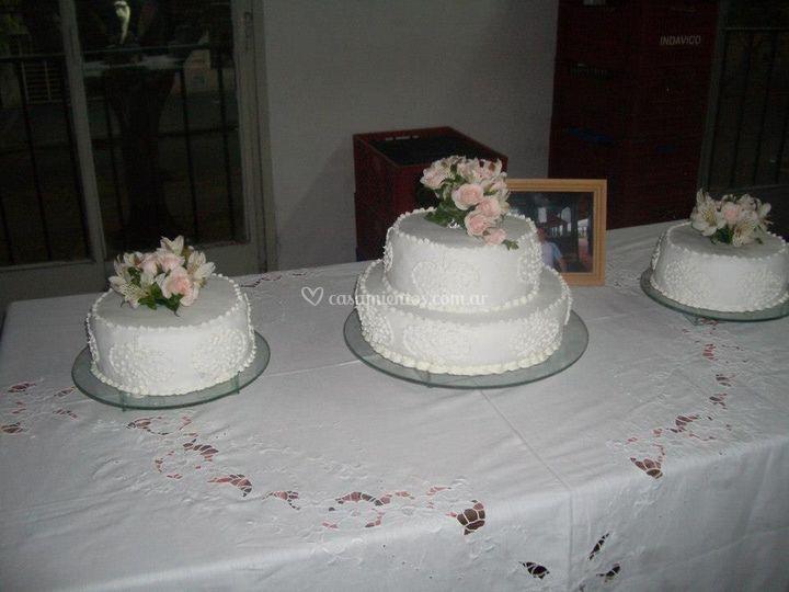 Arreglos Para Torta De Harumi Flores Naturales Foto 17