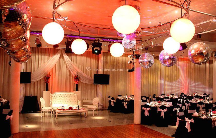 Espacio lounge, 250 invitados
