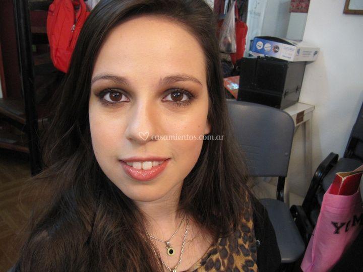 Maquillaje smokey-fiesta