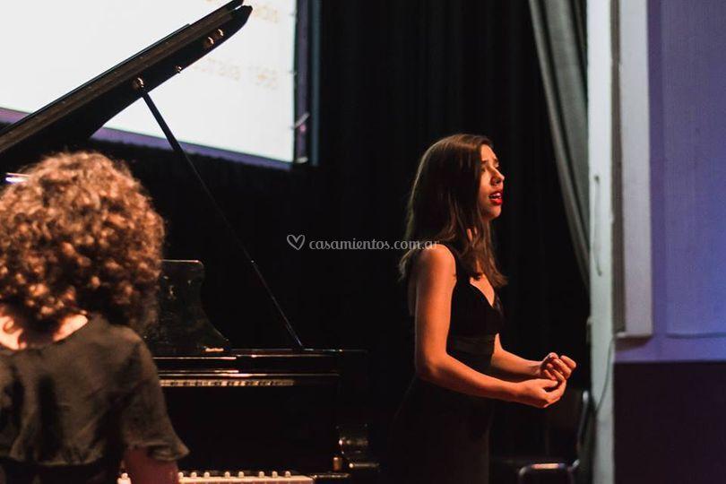 Paola Moreno piano