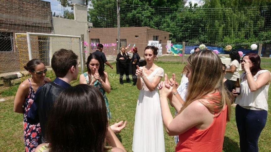 Fiesta, mentalismo, boda