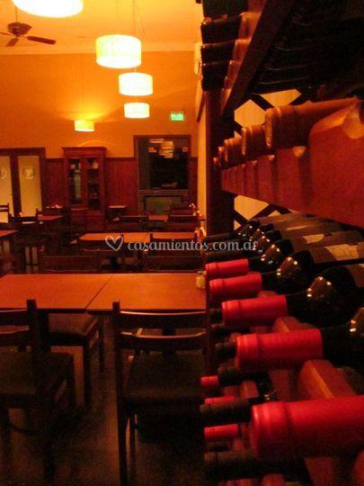 Salón y vinos