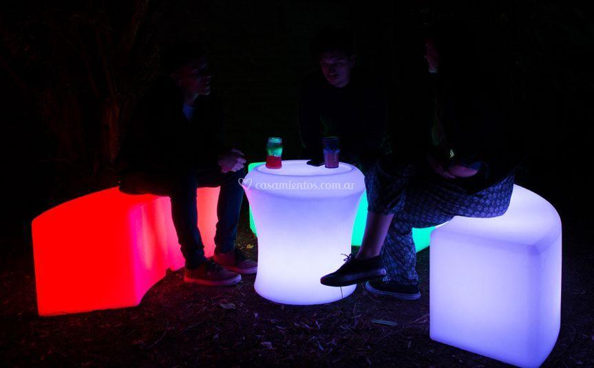 Led Circle Bench | Mini Table