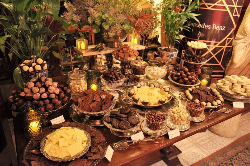 Mesa de chocolates y trufas