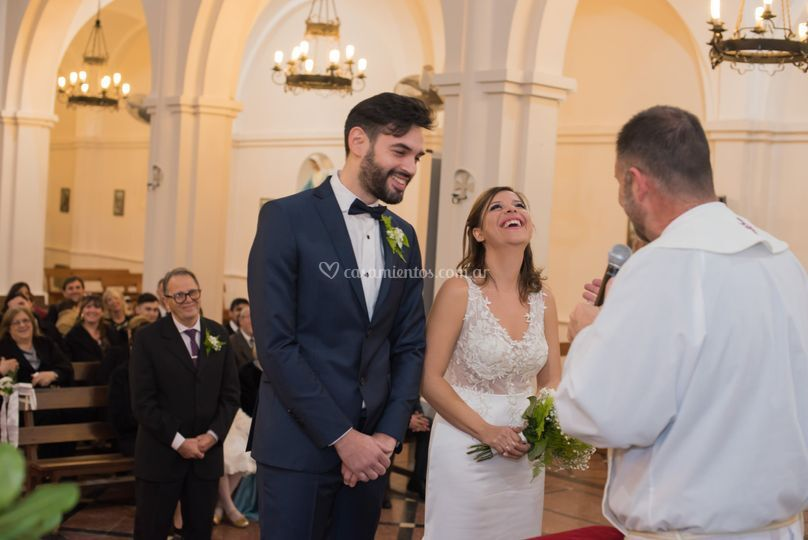 Maxi y Romi - Iglesia