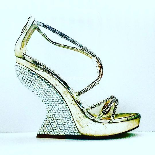 DYRS Shoes