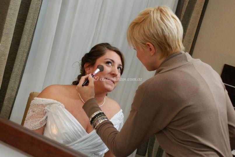 Ivana campana estudio de maquillaje - Estudio de maquillaje ...
