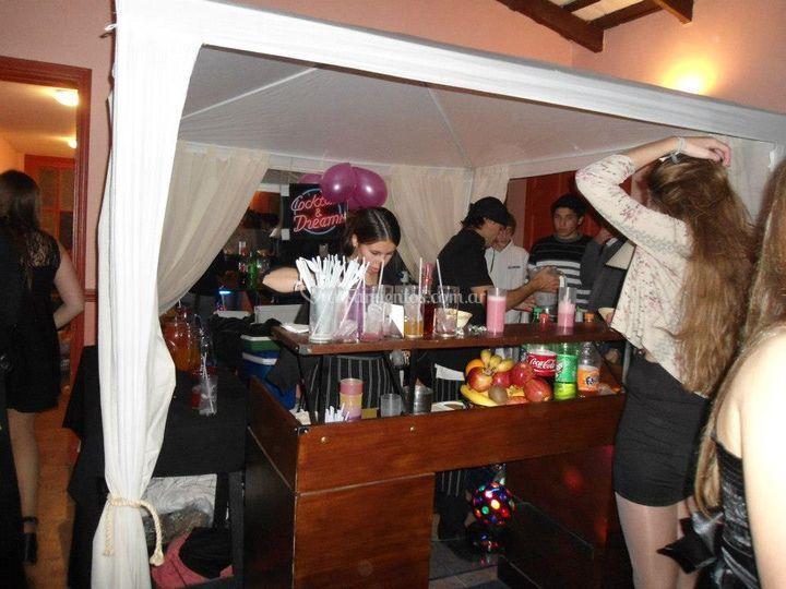 Completo servicio de bar